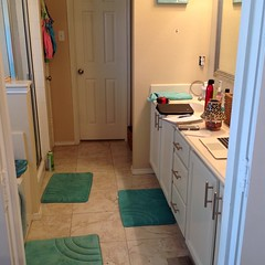 "Don Wojan Plano Handyman Bathroom Remodel 1 - Before 1 • <a style=""font-size:0.8em;"" href=""http://www.flickr.com/photos/160061718@N03/39966573684/"" target=""_blank"">View on Flickr</a>"