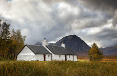 Black rock cottage (chrismarr82) Tags: nikon scotland glencoe black rock cotage buachaille