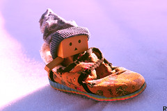 Danbo by RK (4) @winter2018 (Robert Krstevski) Tags: robertkrstevskiblogspotcom robkrst robertkrstevski robertkrstevskiblogspotmk danbo danboard danbomacedonia danbostory danborou danboamazon snow winter winter2017 snow2017 light nikon nikond3300 europe balkan macedonia travel revoltech robot robots minimalisam funny cute данбо life