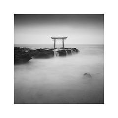 Zen (^soulfly) Tags: torii gate symbolic zen japan peaceful simplicity minimalistic minimal minimalism simple monochrome mono blackwhite bw bnw bwfilter nd110 canon5dmarkii seascape