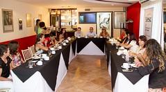 O presidente da Fecomércio recebe os alunos aprovados na Esem em um café da manhã no Sesc Enseada