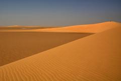 Dunas. (Victoria.....a secas.) Tags: africa sahara chad desierto desert dunas dunes