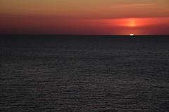 Sonnenaufgang an der Küste von Luz (Lagos); Algarve, Portugal (44a) (Chironius) Tags: luz algarve portugal atlantik atlantischerozean atlanticocean landschaft morgendämmerung sonnenaufgang morgengrauen утро morgen morning dawn sunrise matin aube mattina alba ochtend dageraad zonsopgang рассвет восходсолнца amanecer morgens dämmerung wasserspiegel himmel sky ciel cielo hemel небо gökyüzü