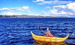Bolivia, Lago Titicaca (gerard eder) Tags: world travel reise viajes america südamerika sudamérica sudamerica southamerica latinamerica bolivia titicaca titicacasee titicacalake lagotiticaca wasser water lake lago landscape landschaft paisajes panorama boats boote barcas people peopleoftheworld blue outdoor
