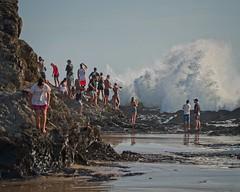 Spectators below Elephant Rock (noompty) Tags: spectators surfing wave water elephantrock currumbin goldcoast queensland people beach sea pentax k1 on1pics photoraw2018 2018 hddfa150450f4556eddcaw