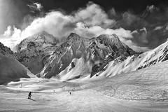 Monumental slope at Arolla (Karl Le Gros) Tags: arolla cantonduvalais 2018 switzerland xaviervonerlach pignedarolla montblancdecheilon clouds skislope alps swissalps panorama fabuleuse