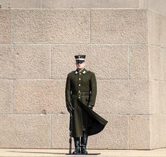 Un soffio di vento (forastico) Tags: forastico d7100 riga lettonia soldato militare vento guardia
