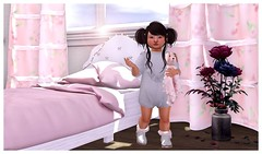 Do I have to make the bed? (Sydney Maravilla) Tags: buglets playroom tinytrinkets ninetynine mapleclothinginc basil nomad collabor88 secondlife toddleedoo childphotography blogger cute kid people indoors bedroom pink