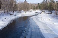 Rivière Saint-Charles, Parc Chauveau en hiver, Québec, Canada - 4531 (rivai56) Tags: villedequébec québec canada ca chauveauparkriverinwinter quebec saintcharlesriverparkchauveauinwinter canada4529