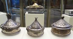 Museo Catedral de Burgos Caja de formas consagradas Pixide s. XV de plata (Rafael Gomez - http://micamara.es) Tags: museo catedral de burgos caja formas consagradas pixide s xv plata siglo
