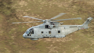 Royal Navy Merlin, Mach Loop, Bwlch