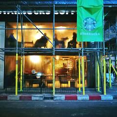 Steamy Starbucks (35mmMan) Tags: london city urban capital huaweip9plus android cameraphone photowalk oxfordstreet starbucks condensation people shadows coffee shop