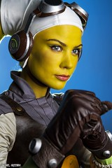 She's A Fighter... (Ring of Fire Hot Sauce 1) Tags: cosplay starwarsrebels hera reikennex sandiegocomiccon sdcc portrait twilek