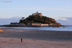 St. Michael's Mount (Ian Garfield - thanks for almost 2 million views!) Tags: canon cornwall ian garfield photography south west coast cornish cliff rock sea seaside beach bay sand splash waves water wet outdoor landscape shore harbour cloud sky fun sunset ocean stmichaelsmount mount marazion michaels michael national trust