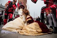 Place San Marco can be dangerous during carnival ! (Claude Schildknecht) Tags: ad200 beautybox broncolor carnaval carnevale carnevaledivenezia2018 carnival costume emysabbatini gabrieleannovi godox italia italie italy palazzoducale piazzasanmarco placesanmarco princesseflorine venedig venezia venise