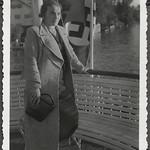 Archiv FaMUC240 Münchner Familie, Boot auf dem Starnberger See, 1930er thumbnail