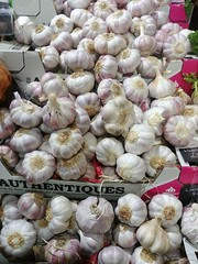 Purple Garlic, Turnips, Borough Market, Southwark, London (f1jherbert) Tags: lgg6 lgelectronicslgh870 lgelectronics lg g6 lgh870 electronics h870 londonengland london england uk unitedkingdom londongreatbritain greatbritain great britain londonunitedkingdom gb united kingdom