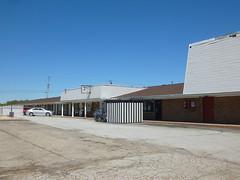 Budget Host Inn/former Best Western, Botkins, OH (08) (Ryan busman_49) Tags: budgethostinn best western motel lk restaurant vintage botkins oh ohio bestwestern ridiculouslyawesomesummer