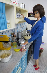 9. Getting a mug (Foxy Belle) Tags: kitchen miniature barbie vintage doll 16 scale diorama food blue white brunette american girl tin dollhouse playscale pyrex corning ware
