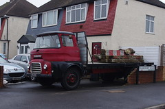 IMGP8393 (Steve Guess) Tags: hook chessington surrey greater london england gb uk austin lorry truck flatbed hookrisesouth a3 ppn851 ffk