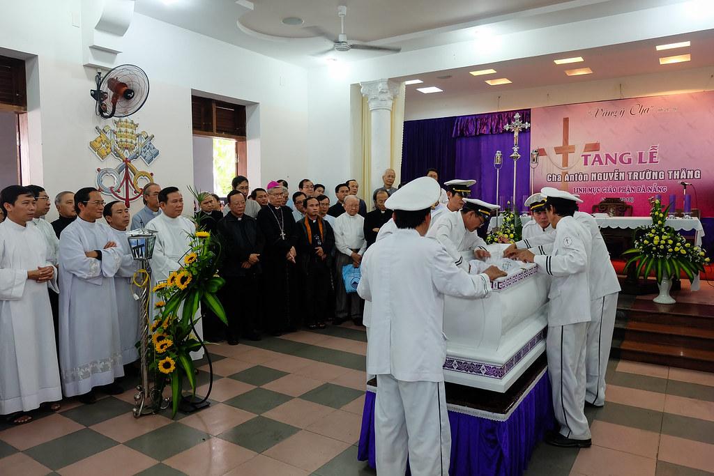 Nhap quan cha Anton Nguyen Truong Thang-9