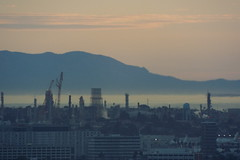 Telescopic South Bay (Kelson) Tags: hahnpark kennethhahnstaterecreationarea zoom airport refinery catali lax