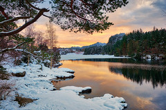 Winter afternoon, Norway (Vest der ute) Tags: xt2 norway rogaland haugesund eivindsvatnet water waterscape landscape lake reflections winter ice outdoor snow trees tree clouds sky rocks fav25 fav200