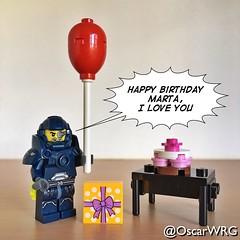 #LEGO_Galaxy_Patrol #LEGO #HappyBirthday #Balloon #Present #Gift #Cake #🎈 #💝 #🎁 #🎂 (@OscarWRG) Tags: legogalaxypatrol lego happybirthday balloon present gift cake