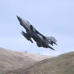 Pulling Out (Treflyn) Tags: raf panavia tornado gr4 za472 031 marham35 pulls out low level flying area lfa7 mach loop bwlch exit spectacular style