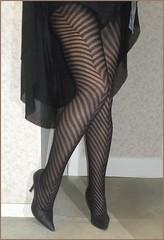 2018 - 01 - 28 - Karoll  - 009 (Karoll le bihan) Tags: escarpins shoes stilettos heels chaussures pumps schuhe stöckelschuh pantyhose highheel collants bas strumpfhosen talonshauts highheels stockings tights