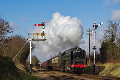 92214 Leaves Loughborough. 26/01/2018 (briandean2) Tags: 92214 loughborough leicestershire greatcentralrailway steam railways uksteam ukrailways
