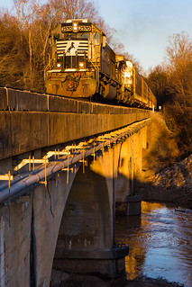 SD70 Over Sweetwater