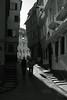 light&shadow@Tübingen, Germany 3 (Amselchen) Tags: pedestrian sidewalk tourist travel city oldcity germany bnw blackandwhite lightandshadow light shadow mono monochrome fujifilm fujifilmxseries xt2 zeiss carlzeiss planar touit1832 fujifilmxt2