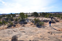 Sue & The Kids On The Slickrock Trail (Joe Shlabotnik) Tags: canyonlandsnationalpark nationalpark utah hiking sue 2017 violet canyonlands everett november2017 proudparents afsdxvrzoomnikkor18105mmf3556ged