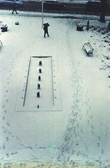 tracks on expired film (Mister.Marken) Tags: nikonf4 afnikkor50mm114d fotolaboclub digibasec41378℃ expiredfilm