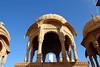 Cénotaphes royaux de Bada Bagh, Jaisalmer, Inde (voyagesphotos) Tags: asia asie india inde rajasthan jaisalmer architecture cénotaphe cenotaph chhatri bada bagh