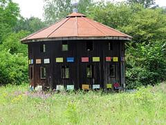 HLM pour Abeilles ! :-) (jean-daniel david) Tags: rucher abeille nature forêt prairie arbre maison hlm vert construction ruche