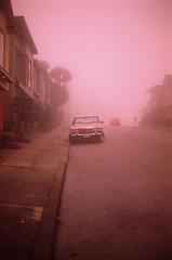 In a heavy fog (Robert Ogilvie) Tags: gwsf unfoundinsf mercedesbenz fog