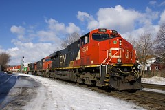 CN 120 (Michael Berry Railfan) Tags: cn canadiannational cn120 train freighttrain intermodaltrain stacktrain cofc sthenri montreal montrealsub quebec winter snow ge generalelectric gevo es44ac cn2903 cn5623 cn2259 sd75i es44dc