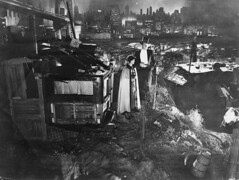 """A Man's Castle"" (jericl cat) Tags: amanscastle 1933 tuxedo newyork city brooklyn bridge skyline cityscape set slum slmus hooverville spencertracy lorettayoung columbiapictures hollywood production history columbiapicturescorporation"