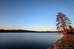 Sonnenaufgang am Baldeneysee (Re Ca) Tags: baldeneysee canon ef1635mm eos6dmk2 essen goldenhour goldenestunde lake ruhr ruhrgebiet ruhrpott see sonnenaufgang stadtessen sunrise longexposure langzeitbelichtung nrw germany
