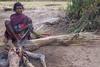 Kawardha  - Chhattisgarh - India (wietsej) Tags: kawardha chhattisgarh india minoltadynax7 minolta 7d konicaminoltamaxxum7digital tamronspaf1750mmf28xrdiiildaspif 1750 woman morning fire