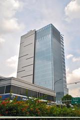 Menara Indomobil (Ya, saya inBaliTimur (leaving)) Tags: jakarta building gedung architecture arsitektur office kantor