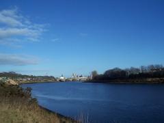 River Dee, Aberdeen, Feb 2018 (allanmaciver) Tags: river dee kodak aberdeen north east coast silver city granite blue shades weather warm february torry allanmaciver