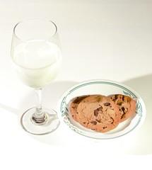 #Simple Pleasures #Milk and cookies (FF) (Jon Hughes2) Tags: flickrfridays simplepleasures stilllife nikond3100 nikkor1855mm flash milk cookies
