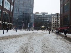 Slushy snow in the square outside Birmingham Snow Hill Station (ell brown) Tags: birmingham westmidlands england unitedkingdom greatbritain snow snowing winter freezing beastfromtheeast stormemma tree trees iaafworldindoorchampionshipsbirmingham2018 iaafworldindoorchampionships birmingham2018 colmorerow colmoregate snowhill birminghamsnowhill snowhillstation birminghamsnowhillstation westmidlandsrailway westmidlandstrains sign signs banner banners greatwesternarcade 1colmorerow littlewaitrose 9colmorerow costa coffee costacoffee