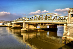 Medway Bridge (Geoff Henson) Tags: river water kent rochester chatham medway view landscape
