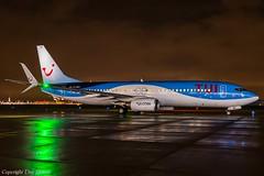TUIfly D-ABKI HAJ at Night (U. Heinze) Tags: aircraft airlines airways flugzeug eddv planespotting plane nikon haj hannoverlangenhagenairporthaj