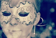 Smile on Saturday ~ Mask (New Expressions by the Old Christine) Tags: smileonsaturday mask hsos glitter girlinmask
