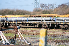 996913 Hoo Junction 160218 (Dan86401) Tags: hoojunction 996913 db996913 ywa salmon fishkind bogiesleepercarryingwagon wagon flat trackpanel rail br freight engineers departmental infrastructure civilengineer db dbcargo